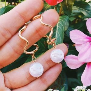 Zara | Pearl earrings